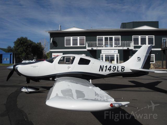 Cessna 400 (N149LB)