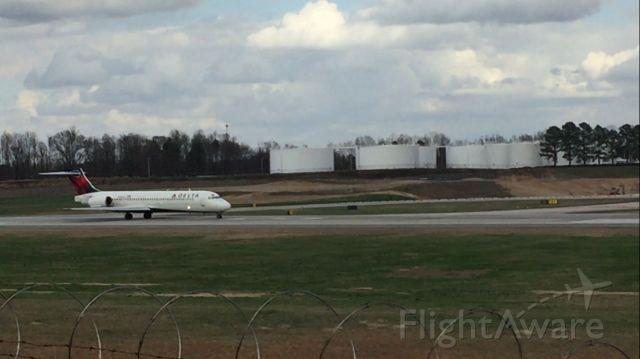 Boeing 717-200 —