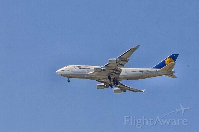BOEING 747-8 (D-ABVL)