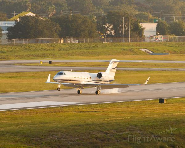 Gulfstream Aerospace Gulfstream IV (N450GD) - Gulfstream G450 arriving ORL for the NBAA static display during the 2012 annual meeting.