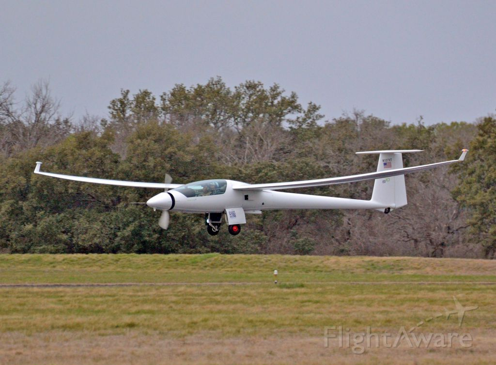 STEMME TG-11 (N137VT) - Stemme S-10 motorglider. 121kts cruise, 1000mi range under power.