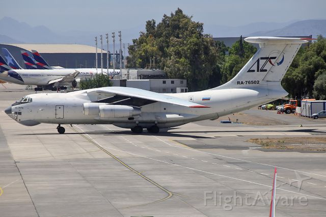 Ilyushin Il-76 (RA-76502) - IL-76TD taxiing after landing at Santiago Chile International Airport.