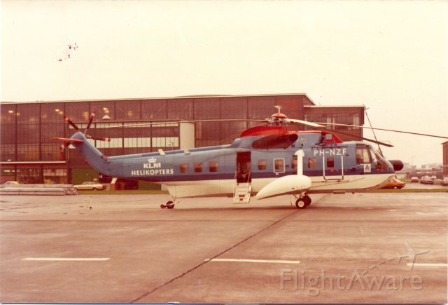 Sikorsky Sea King (PH-NZF) - KLM Helikopters Sikorsky S-61N EHAM Schiphol Oost;This strong helicopter has 40 years for transport to and from oil rigs. Used to be mostly from Schiphol-Oost and later mainly from Den Helder. Archief 1975