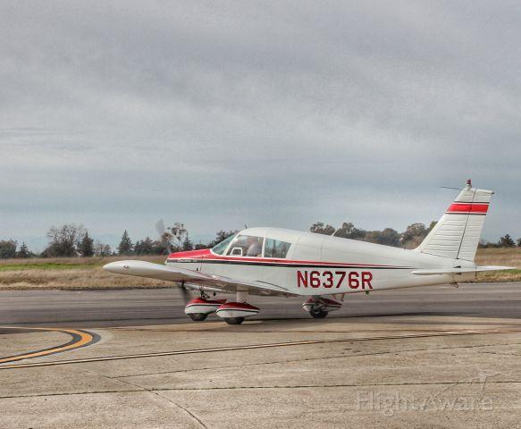 Piper Cherokee (N6376R)