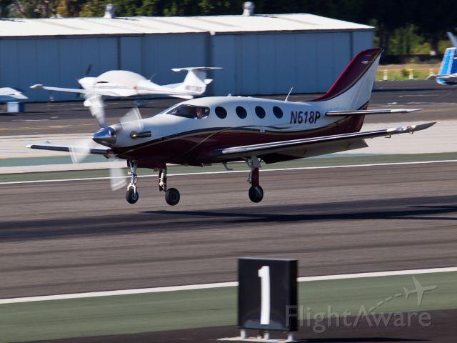 Epic Aircraft LT (N618P) - N618P arriving on RWY 21