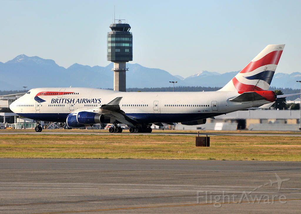 Boeing 747-400 (G-BNLL)