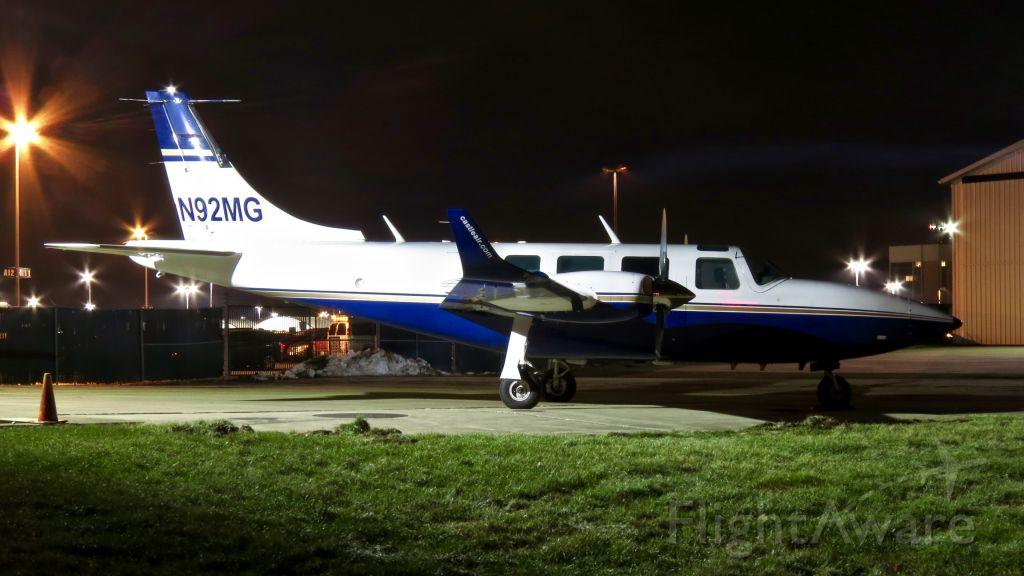 Piper Aerostar (CSJ92) - Castles newest Aerostar.