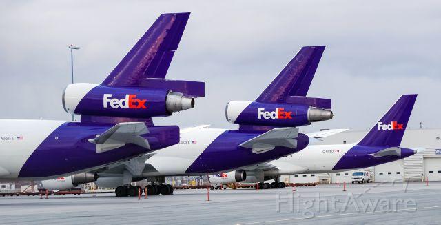 Boeing MD-11 (N521FE) - FedEx MD-11 + DC-10 + 757 line up