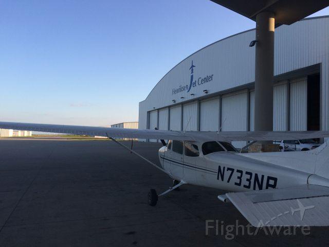Cessna Skyhawk (N733NB)