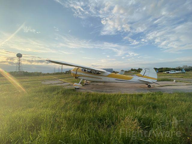 Cessna LC-126 (N4310V) - Sunset on Sundaze