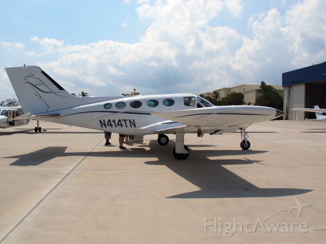Cessna Chancellor (N414TN) - A flw 1,000h+ on C414s and C421s. Great aircraft! Pressurized. A dying species though...