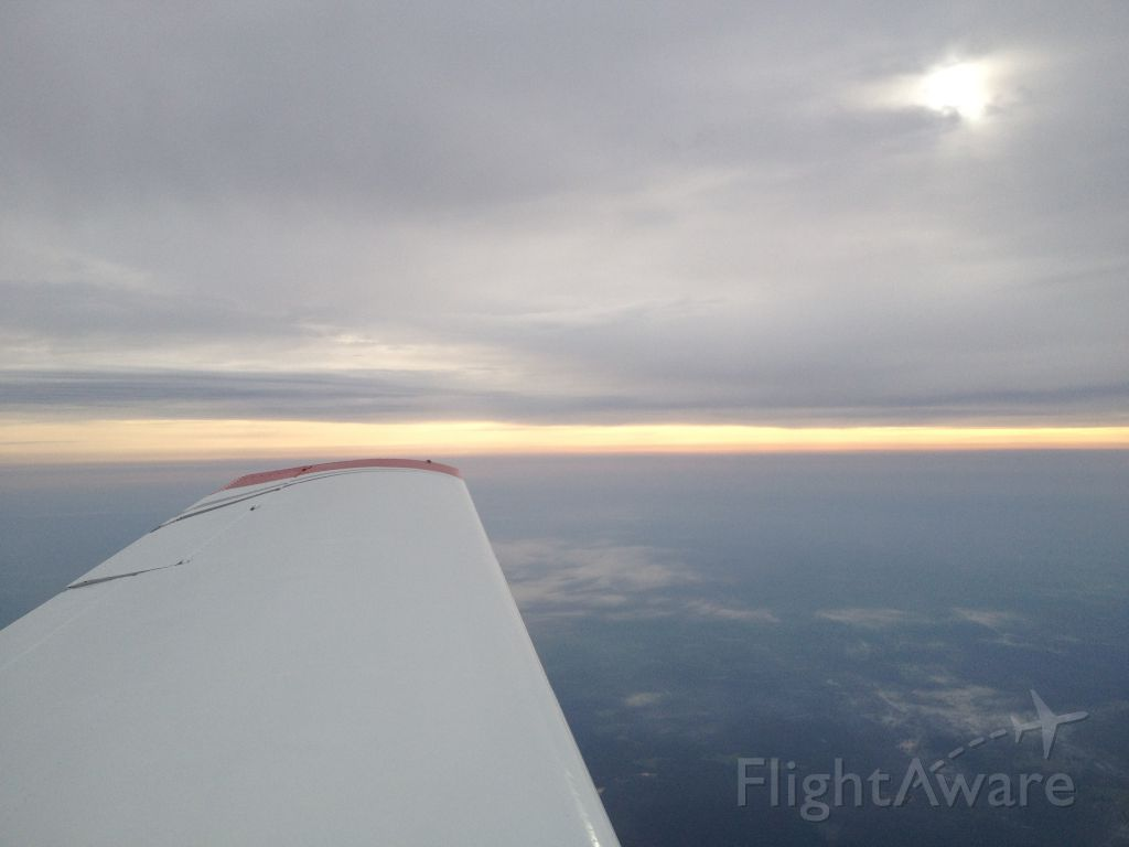 N2945L — - Misty Morning Flight into Beaumont, Tx