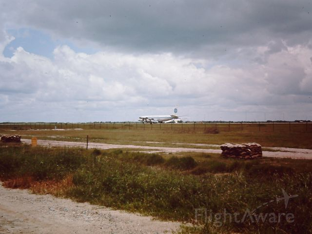 Boeing 707-100 — - TAN SON NHUT AIR BASE, SAIGON, VIETNAM 1966 PAN AM Boeing 707 landing