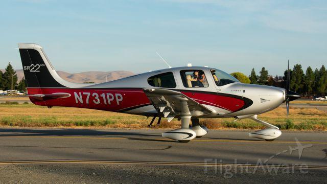 Cirrus SR-22 (N731PP) - 1 Papa Papa taxing to 1L
