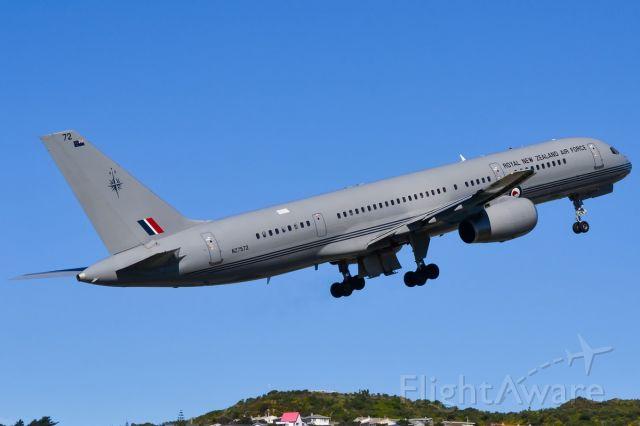 Boeing 757-200 (ANZ5752)
