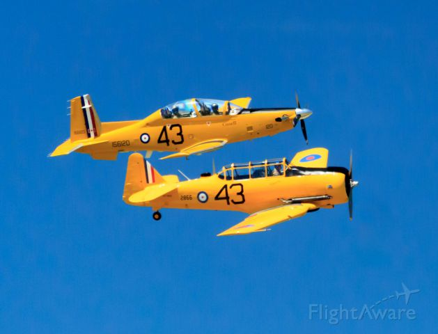 Raytheon Texan 2 (15-6120) - Flying in formation with CF-ROA, at the Gatineau airshow