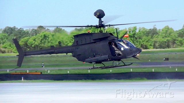 N944 — - Fort Bragg 82nd. Airborne OH-58A Ramp Taxi at KCRE.