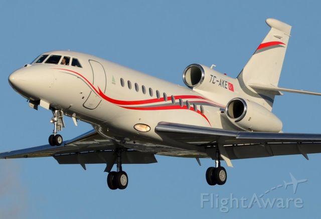 Dassault Falcon 900 (TC-AKE) - 14/01/2014br /Landing 27