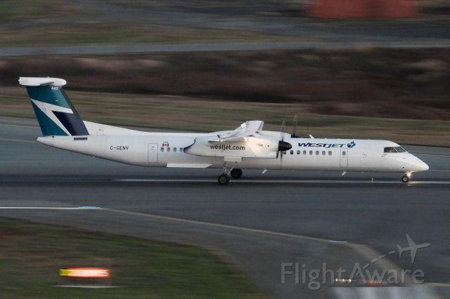 de Havilland Dash 8-400 (C-GENV)