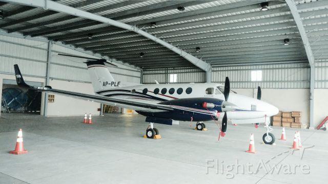 Beechcraft Super King Air 200 (AP-PLE)