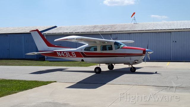 Cessna Centurion (N43LS) - 1977 Cessna T210M, with Vitatoe TN550 conversion. Removed TSIO520 engine and installed a turbo normalized IO550.