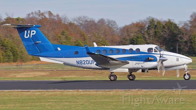 Beechcraft Super King Air 350 (N820UP) - November 16, 2018, Lebanon, TN -- This King Air 350 departs runway 19.  The photo was taken at the Tennessee National Guard facility.