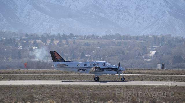 Beechcraft King Air 90 (N513BT)