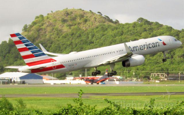 Boeing 757-200 (N197AN)