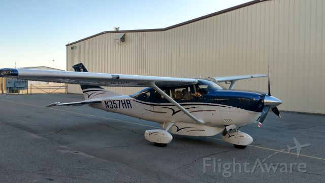 Cessna 206 Stationair (N357HR)