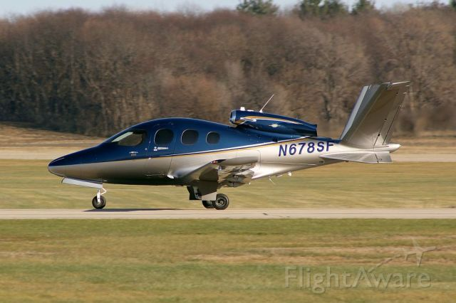 Cirrus Vision SF50 (N678SF) - This little guy made a brief appearance at KSQI on 01 December 2020<br />Gary C. Orlando Photo
