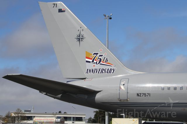 Boeing 757-200 (ANZ7571) - Stupid system wont allow the registration without it putting a damn A before the NZ !!