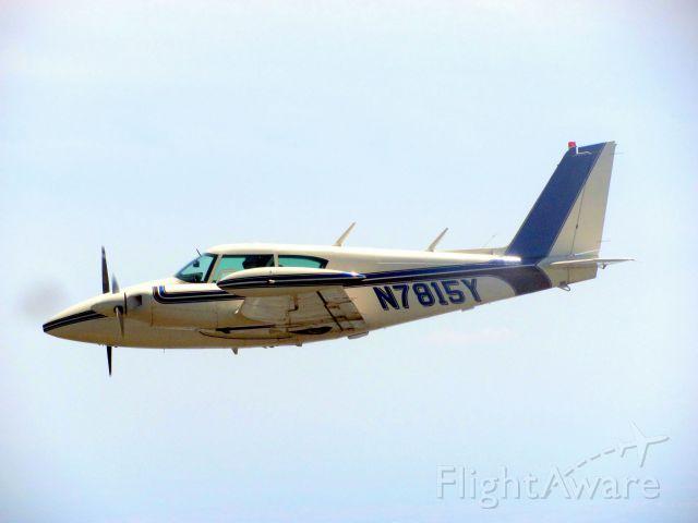 Piper PA-30 Twin Comanche (N7815Y)
