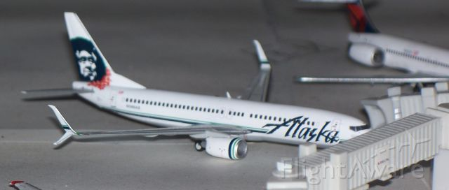 Boeing 737-700 — - Alaska Air 737-800 about to pushback for Seattle-Tacoma.