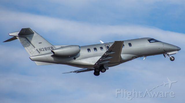 Pilatus PC-24 (N281EB)