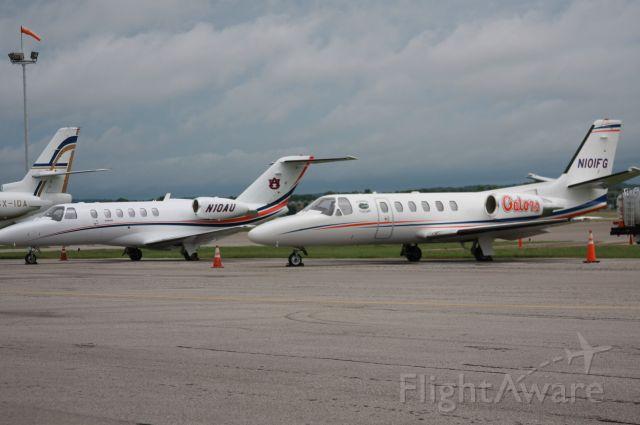Beechcraft Super King Air 200 (N101FG) - Auburn and Florida on the ramp in Huntsville, AL
