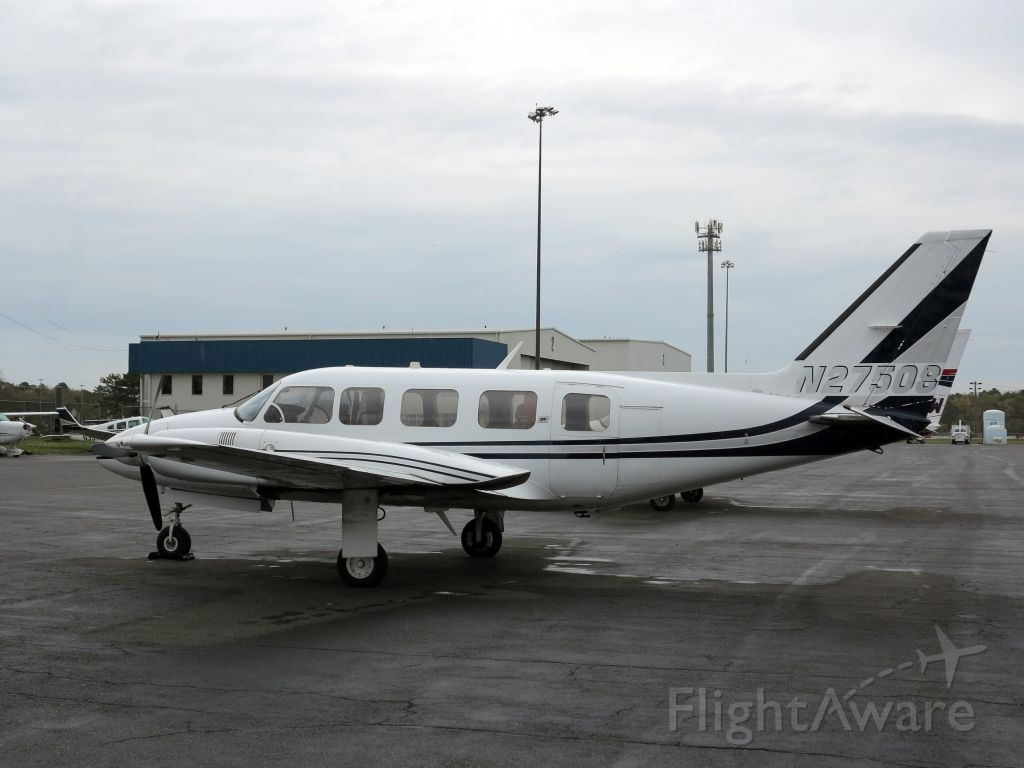 Piper PA-30 Twin Comanche (N27508) - A good charter aircraft.