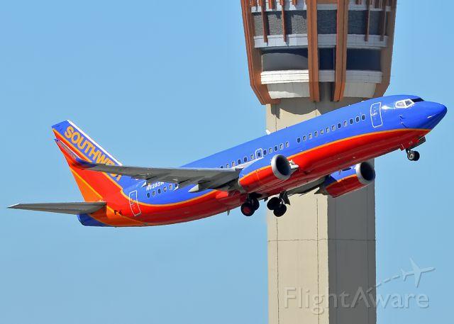 BOEING 737-300 (N628SW)