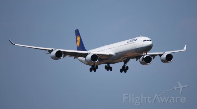 Airbus A340-600 (D-AIHS) - On final for runway 18C - 6/28/09