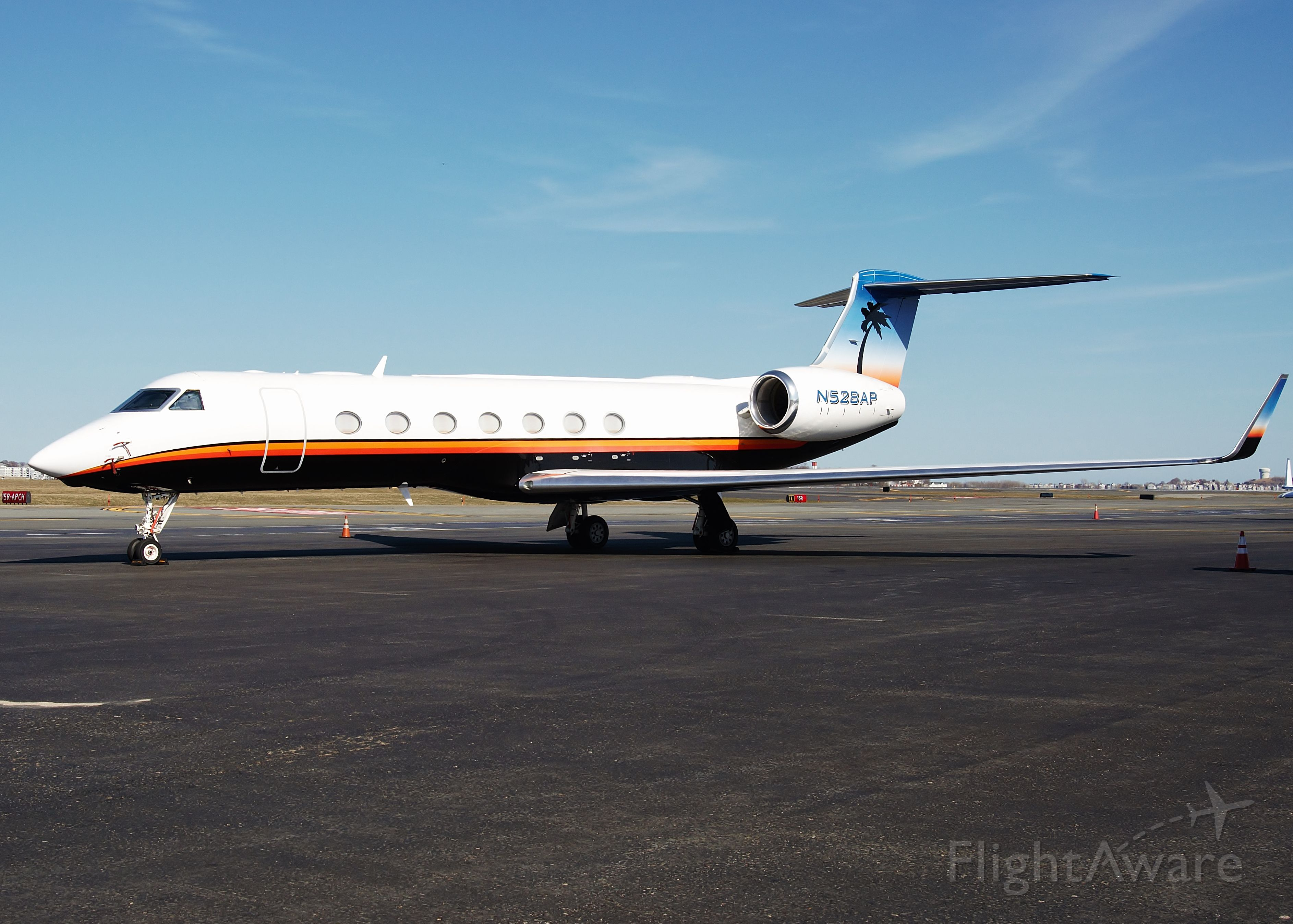 Gulfstream Aerospace Gulfstream V (N528AP) - Paradise !