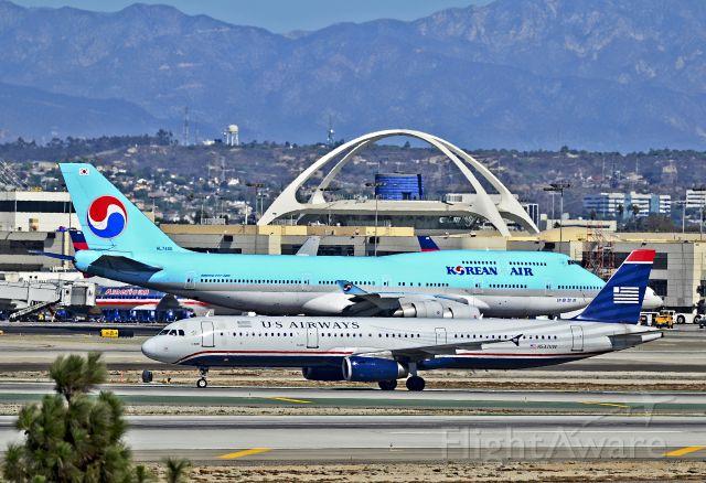 Airbus A321 (N537UW) - N537UW US Airways Airbus A321-231 (cn 4041)  HL7490 Korean Air Boeing 747-4B5 / 490 (cn 27177/1019)  Los Angeles - International (LAX / KLAX) USA - California, October 24, 2012 TDelCoro