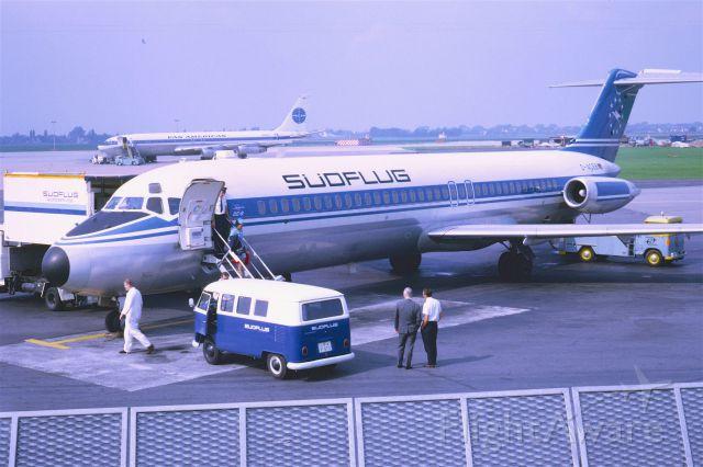 McDonnell Douglas DC-9-30 (D-ACEB) - October 1968 at Düsseldorf (EDDL)