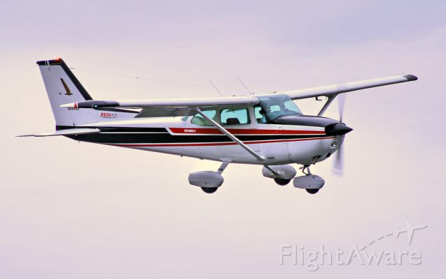 N1946F — - RediAir SkyHawk II approaching M54 (Lebanon, TN)