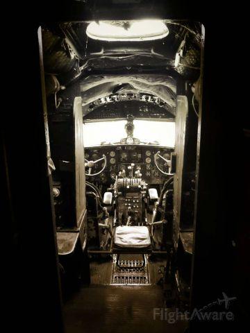 VEB Il-14 (UNKNOWN) - The retied CAAC IL-14