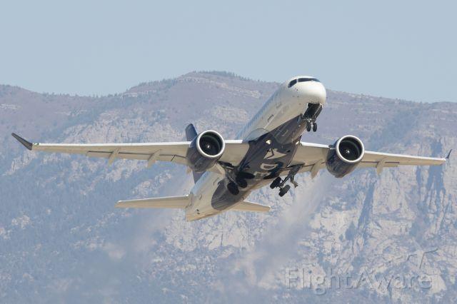 Airbus A220-100 (N120DU)
