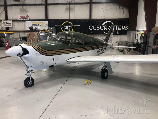 Piper Cherokee (N2305T)