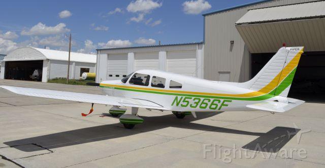 Piper Cherokee (N5366F)