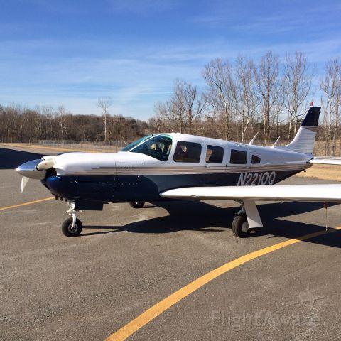 Piper Saratoga/Lance (N2210Q)