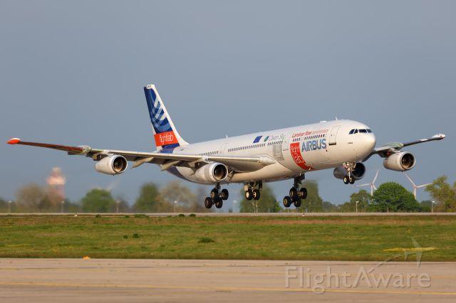 Airbus A340-300 (F-WWAI)