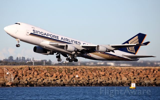 Boeing 747-400 (9V-SFQ) - Lifting Off from Rwy 34L