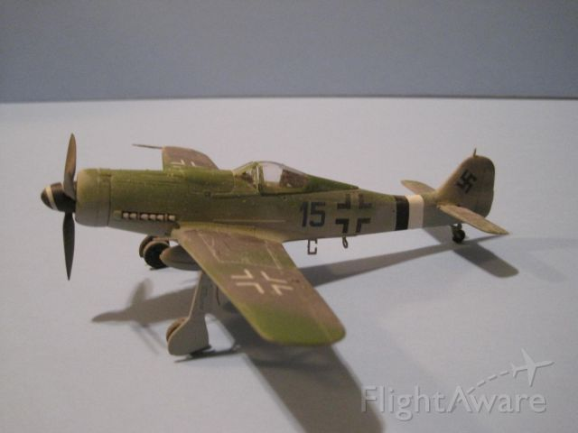FW190D — - 1/72 scale model from Tamiya.